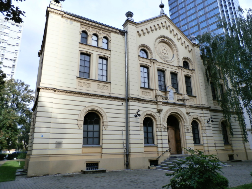 Nozyk Synagogue