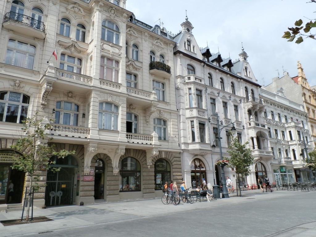 ulica Piotrkowska buildings